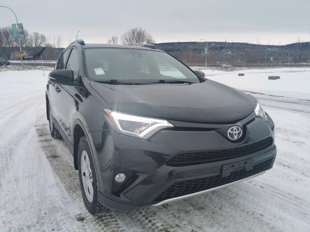2017 Toyota RAV4 SE (Stk: 19T239A) in Quesnel - Image 2 of 28