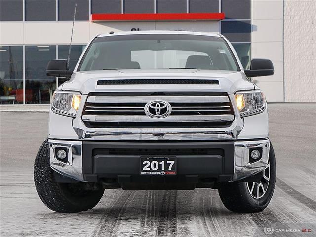 2017 Toyota Tundra SR5 Plus 5.7L V8 (Stk: A220160) in London - Image 2 of 27