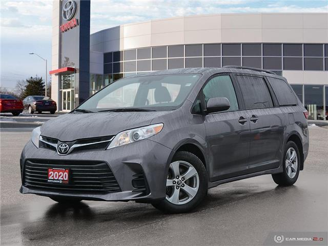 2020 Toyota Sienna LE 8-Passenger (Stk: U11110) in London - Image 1 of 27