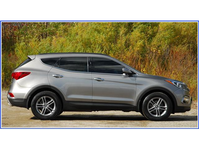 2018 Hyundai Santa Fe Sport 2.4 Base (Stk: 59375A) in Kitchener - Image 2 of 16