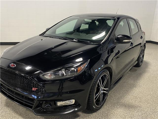2016 Ford Focus ST Base (Stk: P12227) in Calgary - Image 1 of 13