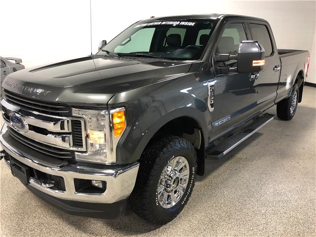 2017 Ford F-350 XLT (Stk: T23025) in Calgary - Image 1 of 18