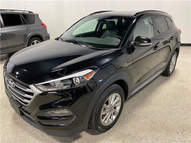 2018 Hyundai Tucson Luxury 2.0L (Stk: P12288) in Calgary - Image 1 of 16