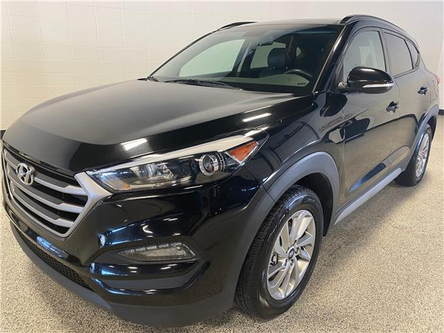 2018 Hyundai Tucson Luxury 2.0L (Stk: P12291) in Calgary - Image 1 of 18