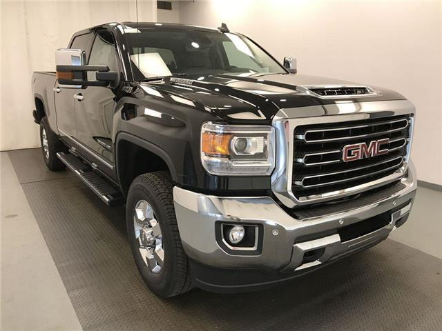 2019 GMC Sierra 3500HD SLT (Stk: 205535) in Lethbridge - Image 1 of 36