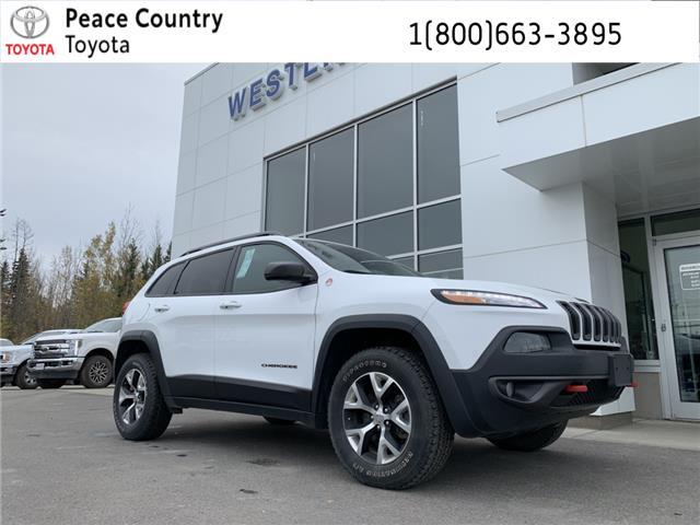 2017 Jeep Cherokee Trailhawk (Stk: 4208A) in Vanderhoof - Image 1 of 22