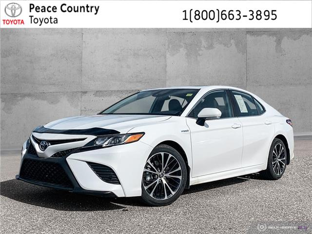2020 Toyota Camry Hybrid SE (Stk: 20108) in Dawson Creek - Image 1 of 25
