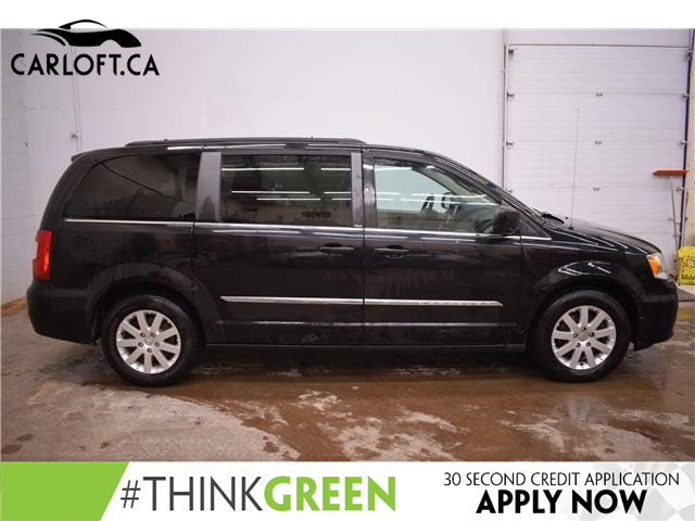 2014 Chrysler Town & Country Touring (Stk: B5144A) in Kingston - Image 1 of 29