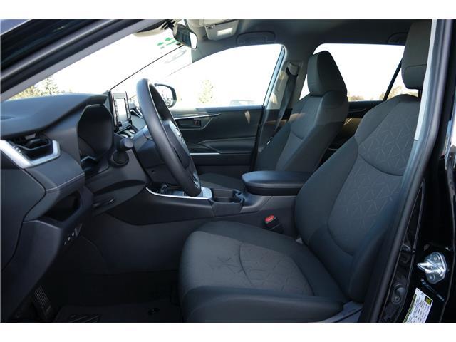2019 Toyota RAV4 LE (Stk: B0110) in Lloydminster - Image 2 of 10