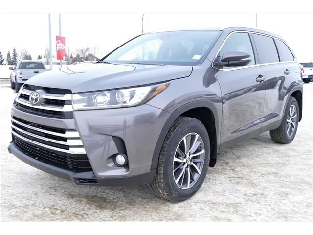 2019 Toyota Highlander XLE (Stk: HIK224) in Lloydminster - Image 1 of 15