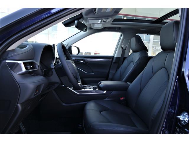2020 Toyota Highlander Limited (Stk: HIL084) in Lloydminster - Image 2 of 23