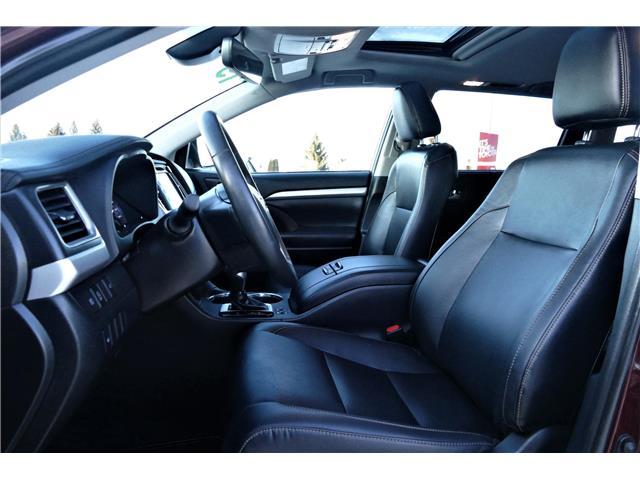 2019 Toyota Highlander XLE (Stk: L0124) in Lloydminster - Image 2 of 16