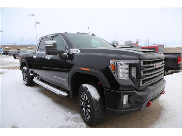 2020 GMC Sierra 3500HD SLT (Stk: 176919) in Medicine Hat - Image 1 of 20