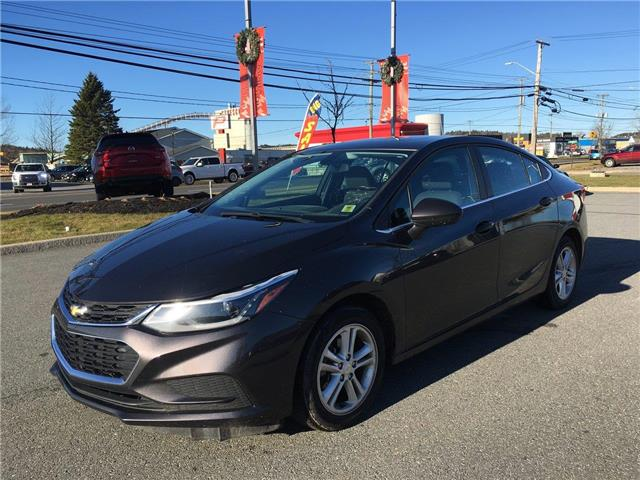 2017 Chevrolet Cruze LT Auto (Stk: P179859) in Saint John - Image 1 of 34
