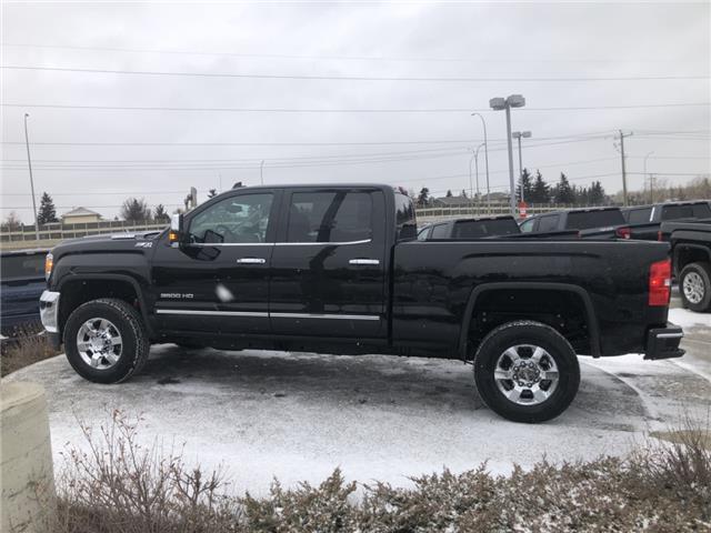 2019 GMC Sierra 3500HD SLT (Stk: KF250205) in Calgary - Image 2 of 16