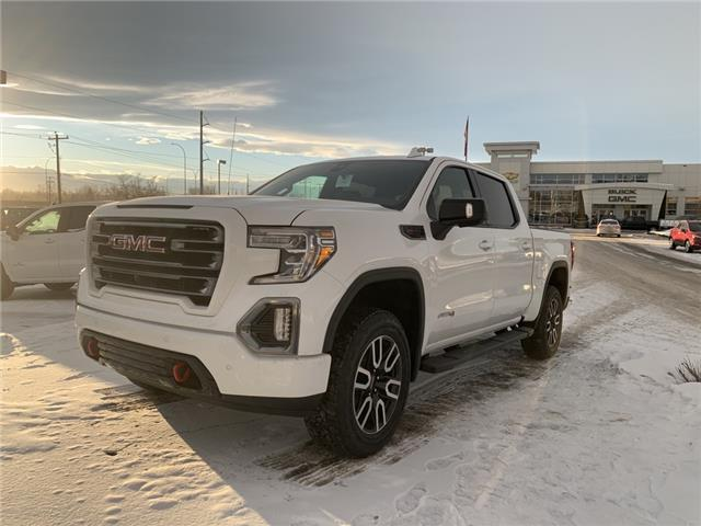 2020 GMC Sierra 1500 AT4 (Stk: LZ198585) in Calgary - Image 1 of 22