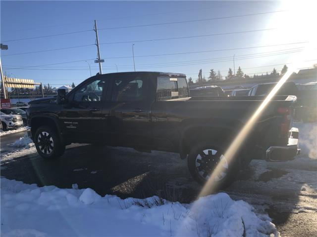 2020 Chevrolet Silverado 3500HD LT (Stk: LF144582) in Calgary - Image 2 of 19
