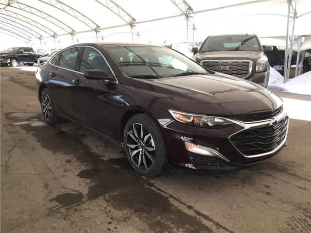 2020 Chevrolet Malibu RS (Stk: 181795) in AIRDRIE - Image 1 of 36