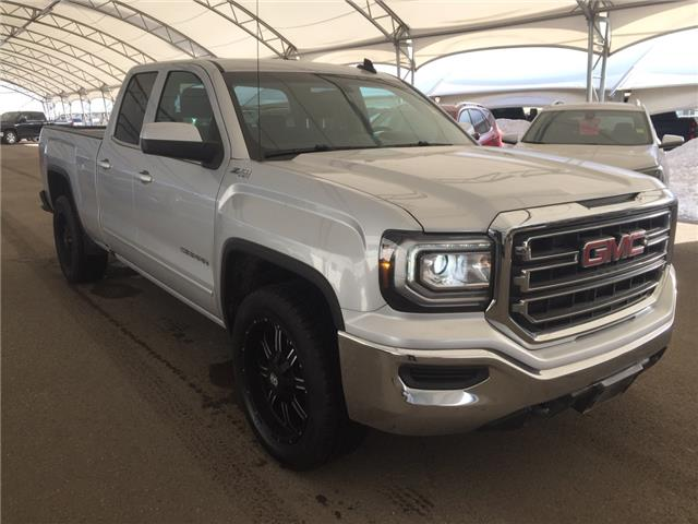 2018 GMC Sierra 1500 SLE (Stk: 182065) in AIRDRIE - Image 1 of 35
