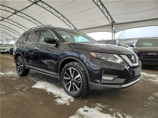 2018 Nissan Rogue SL (Stk: 182904) in AIRDRIE - Image 1 of 32