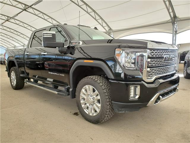 2020 GMC Sierra 3500HD Denali (Stk: 182617) in AIRDRIE - Image 1 of 28