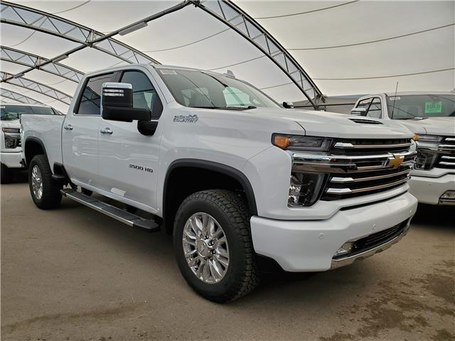 2020 Chevrolet Silverado 3500HD High Country (Stk: 185014) in AIRDRIE - Image 1 of 4
