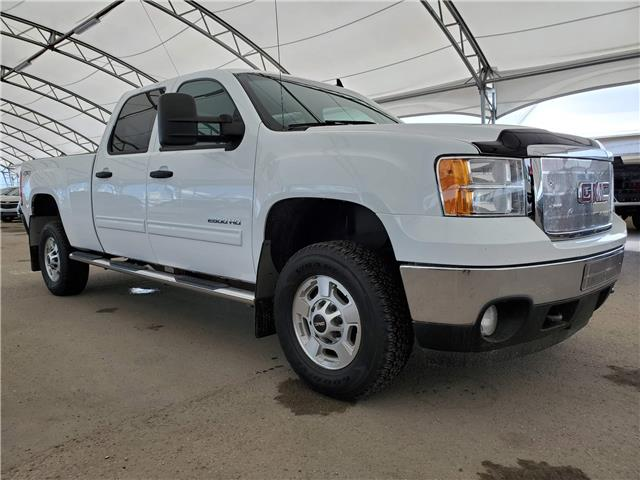 2013 GMC Sierra 2500HD SLE (Stk: 103890) in AIRDRIE - Image 1 of 26