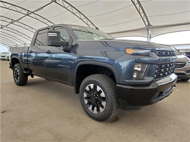2020 Chevrolet Silverado 2500HD Custom (Stk: 184954) in AIRDRIE - Image 1 of 26