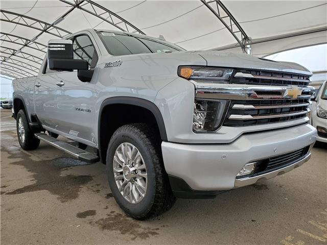 2020 Chevrolet Silverado 3500HD High Country (Stk: 185324) in AIRDRIE - Image 1 of 36