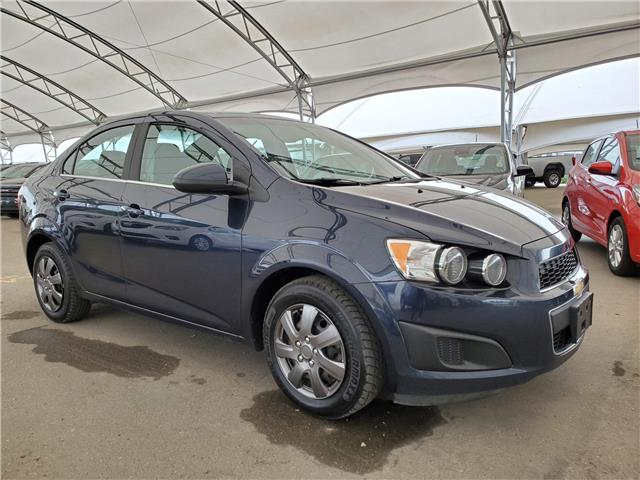 2016 Chevrolet Sonic LT Auto (Stk: 140763) in AIRDRIE - Image 1 of 27