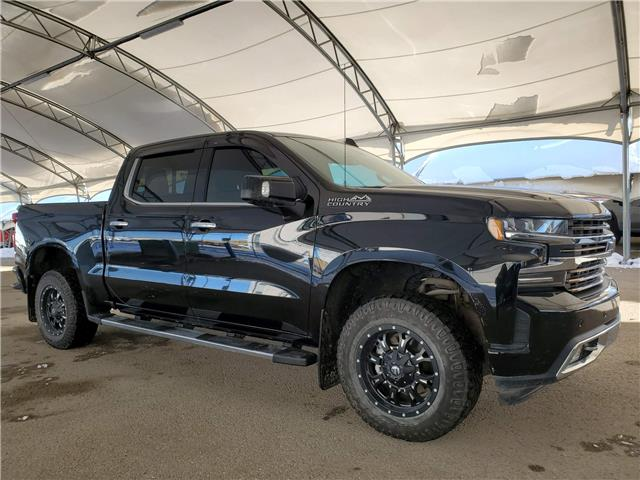 2019 Chevrolet Silverado 1500 High Country (Stk: 172928) in AIRDRIE - Image 1 of 37