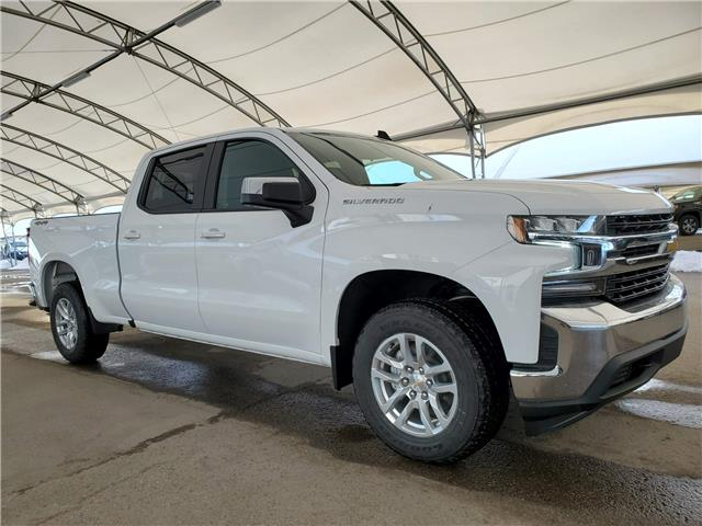 2021 Chevrolet Silverado 1500 LT (Stk: 186932) in AIRDRIE - Image 1 of 28