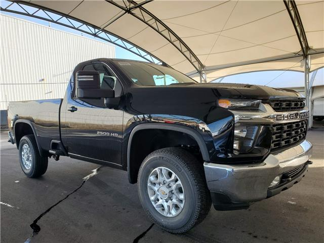 2021 Chevrolet Silverado 2500HD LT (Stk: 187522) in AIRDRIE - Image 1 of 25