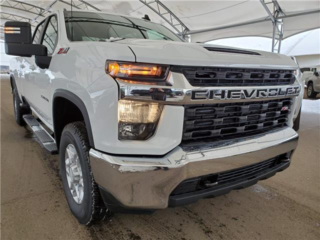2020 Chevrolet Silverado 3500HD LT (Stk: 186458) in AIRDRIE - Image 1 of 28