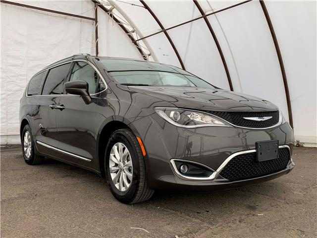 2018 Chrysler Pacifica Touring-L Plus (Stk: A8685A) in Ottawa - Image 1 of 30