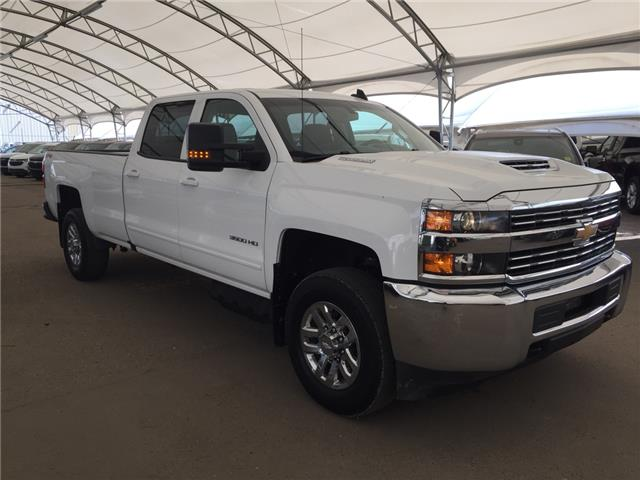 2018 Chevrolet Silverado 3500HD LT (Stk: 177533) in AIRDRIE - Image 1 of 27