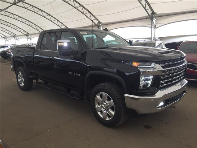 2020 Chevrolet Silverado 3500HD LTZ (Stk: 178427) in AIRDRIE - Image 1 of 46
