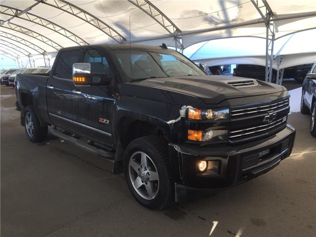 2019 Chevrolet Silverado 2500HD LTZ (Stk: 176086) in AIRDRIE - Image 1 of 46