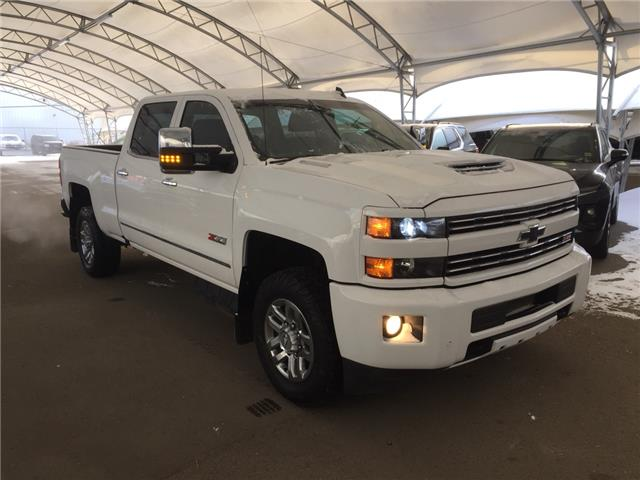 2018 Chevrolet Silverado 3500HD LTZ (Stk: 159947) in AIRDRIE - Image 1 of 42