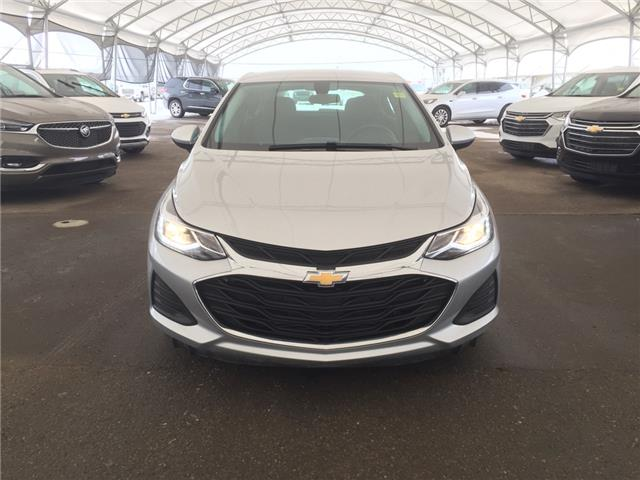 2019 Chevrolet Cruze LT (Stk: 181339) in AIRDRIE - Image 2 of 36