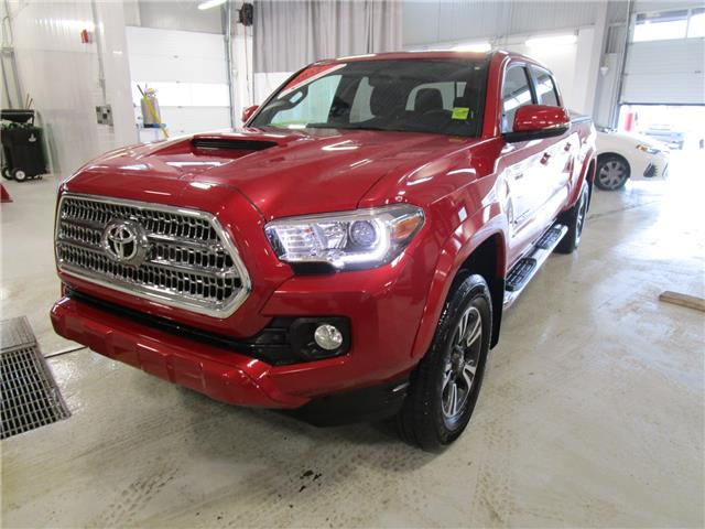 2017 Toyota Tacoma SR5 (Stk: 7900) in Moose Jaw - Image 1 of 26