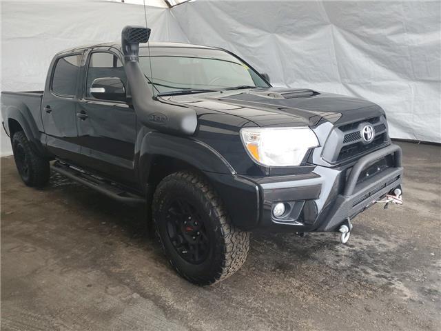 2015 Toyota Tacoma V6 (Stk: 2010091) in Thunder Bay - Image 1 of 14