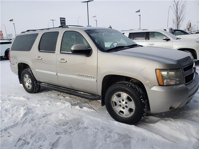 2007 Chevrolet Suburban 1500 LT (Stk: 213954) in Lethbridge - Image 1 of 6