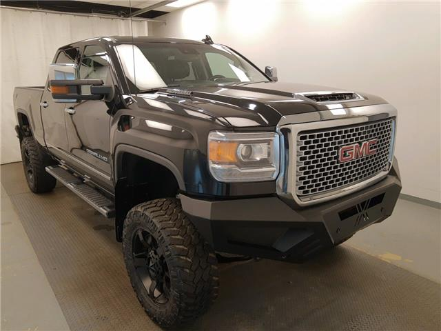 2017 GMC Sierra 3500HD Denali (Stk: 183733) in Lethbridge - Image 1 of 31