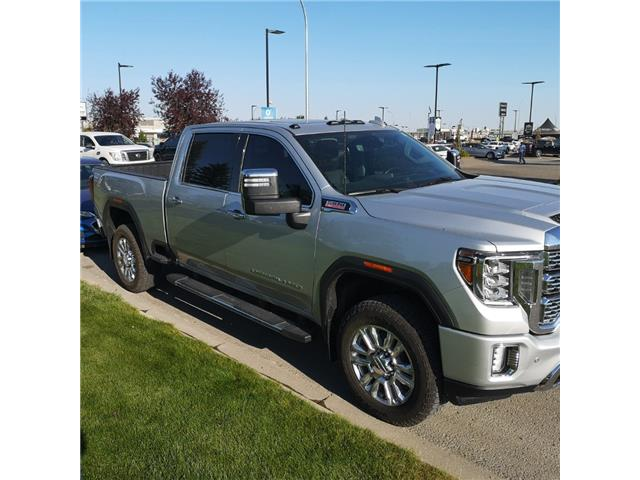 2020 GMC Sierra 2500HD Denali (Stk: 209783) in Lethbridge - Image 1 of 14