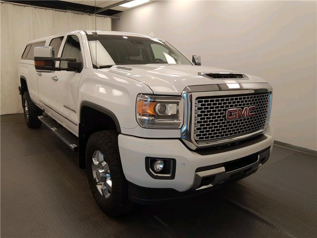 2017 GMC Sierra 3500HD Denali (Stk: 202676) in Lethbridge - Image 1 of 29