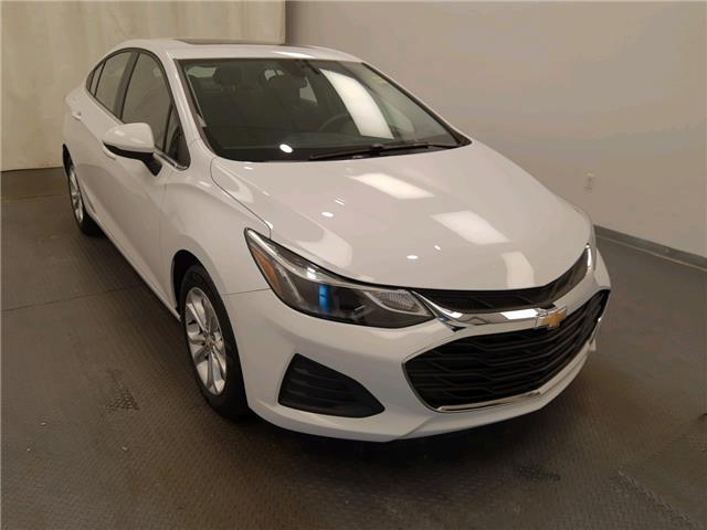 2019 Chevrolet Cruze LT 1G1BE5SM0K7117801 221139 in Lethbridge