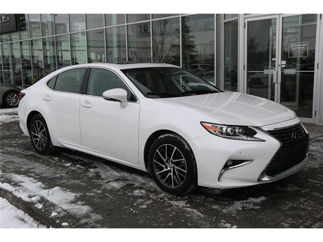 2017 Lexus ES 350 Base (Stk: 200142B) in Calgary - Image 1 of 12
