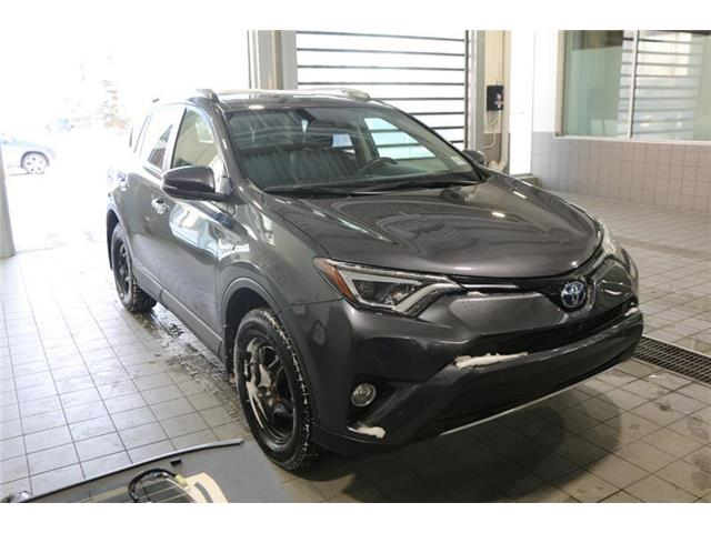 2017 Toyota RAV4 Hybrid Limited (Stk: 200113B) in Calgary - Image 1 of 16
