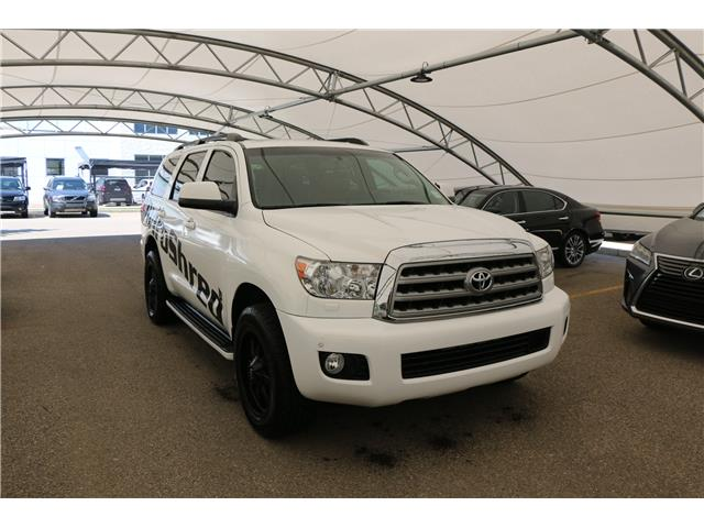 2013 Toyota Sequoia Platinum 5.7L V8 (Stk: 200425A) in Calgary - Image 1 of 12